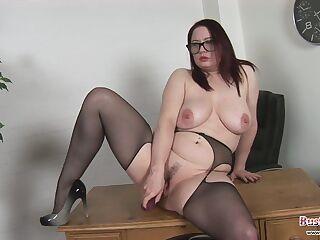 milf big tits und arsch